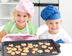 Kids in The Kitchen: Inspire Your Own Mini Masterchefs!